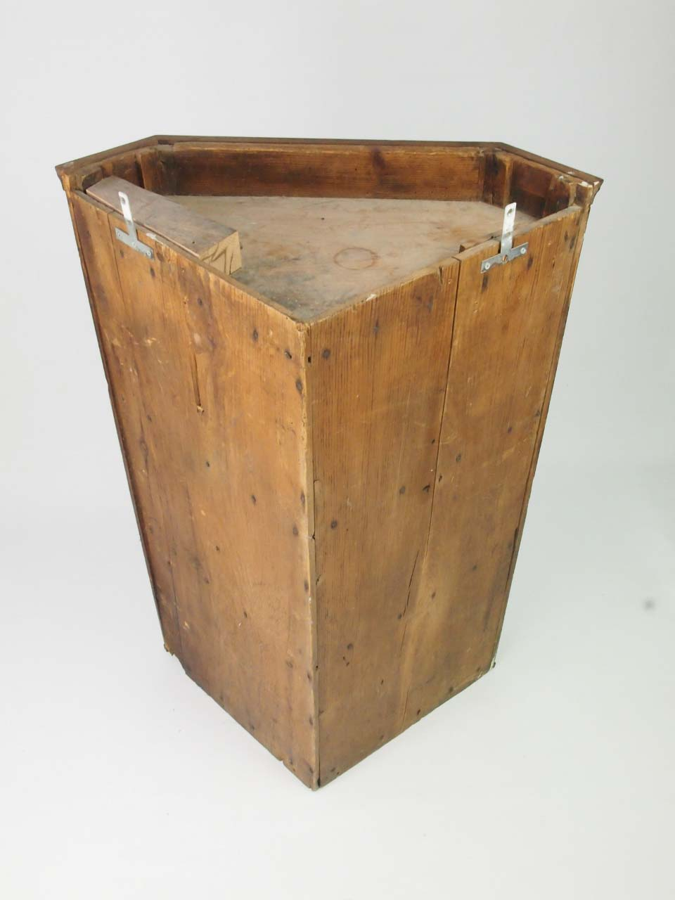dating antique furniture online A nice selection of primitive antiques available at our shop and online.