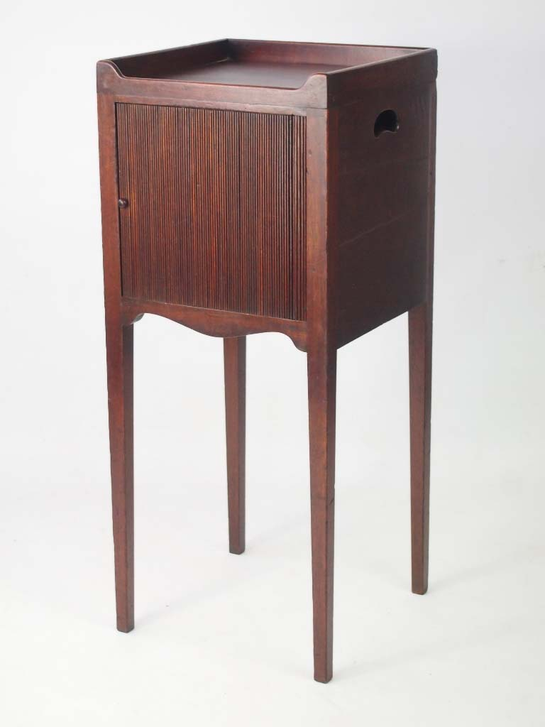 Antique georgian mahogany bedside cabinet for 10 bedside table