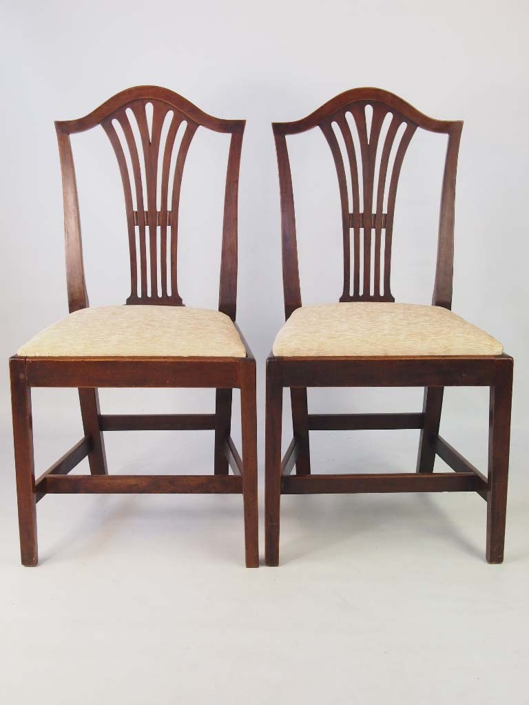 Set 4 Antique Georgian Ash Dining Chairs : P1018550 768x1024 from www.antiquefurnituredirect.co.uk size 768 x 1024 jpeg 78kB