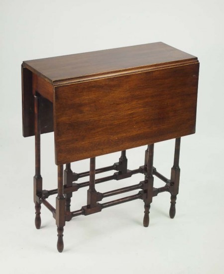Edwardian Spider Leg Table