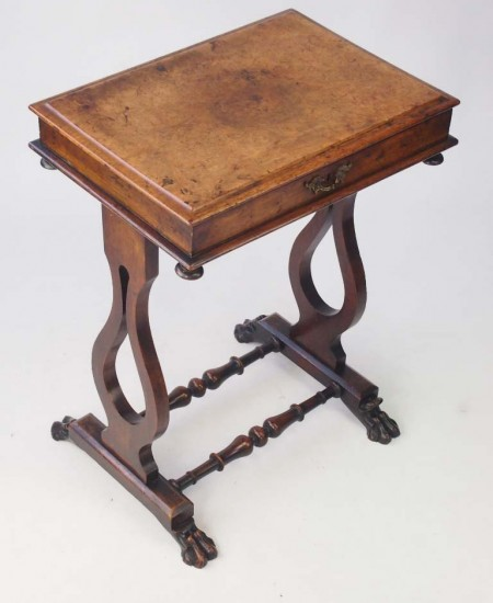 Small Victorian Walunt Side Table