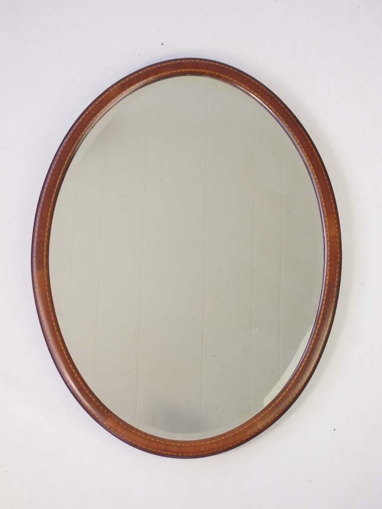 Small edwardian oval mahogany framed mirror for Small white framed mirrors