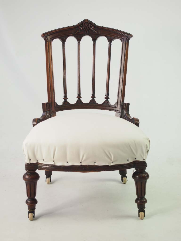 small antique victorian chair small vintage side bedroom dressing table chair. Black Bedroom Furniture Sets. Home Design Ideas