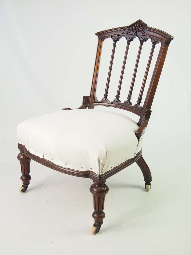 Small antique victorian chair dressing table